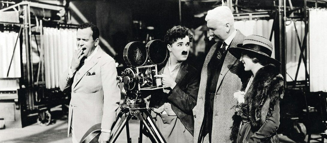 https://commons.wikimedia.org/wiki/File:Douglas_Fairbanks_and_Charlie_Chaplin.jpg